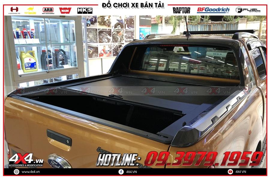 Chuyên gắn nắp thùng cuộn dành cho xe Ford Ranger 2020 hàng nhập Thailand