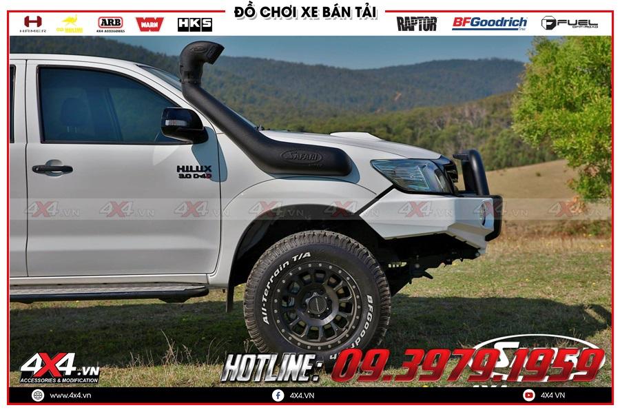 Chuyên lắp ống thở dành cho xe Toyota Hilux 2020 nhập khẩu Thái Lan